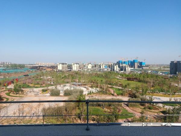 中建柒号院东边户顶复式俯瞰公园165平190万送车位