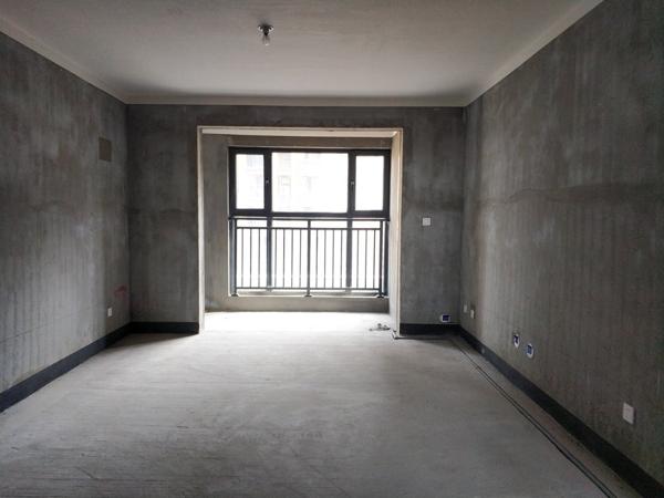 宝龙建业壹号城邦3室2厅2卫2阳台阳光视线无忧!