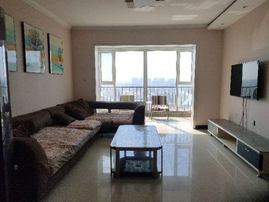 明珠花園 三室兩廳一衛 老證可貸款 精裝修電梯房